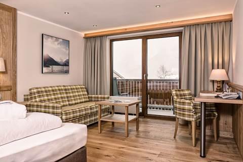 Cosy room Rofan with a balcony