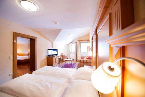 Bedroom in the suite Entennest