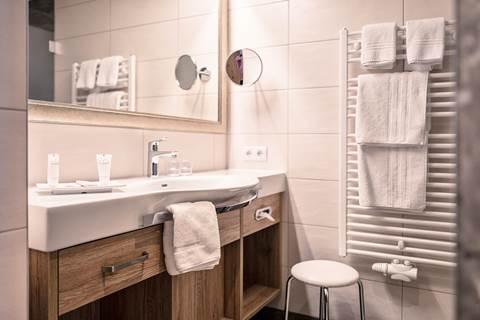 Bathroom Rofan