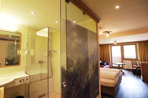 Blick ins Badezimmer Sonnjoch