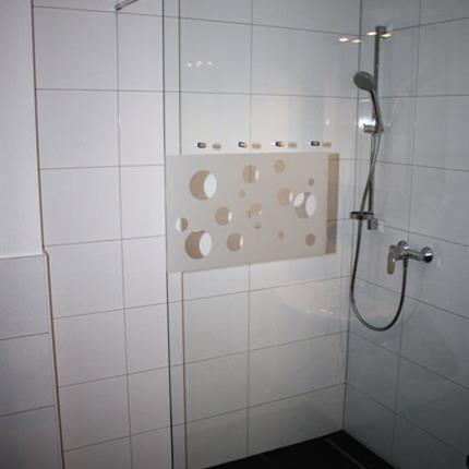 Mitarbeiterunterkuft-Dusche