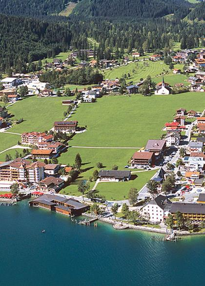 Pertisau am Seeufer